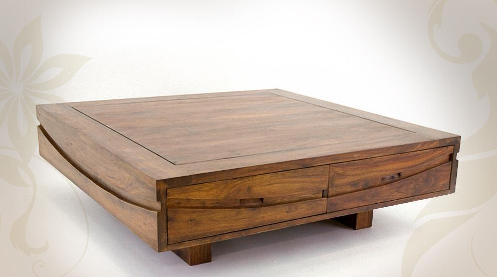Table basse design en bois massif