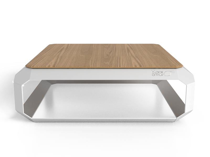 Table basse design en inox